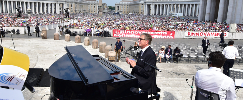 """Pope Francis Hosts Don Moen, Andrea Bocelli and Darlene Zschech at Vatican for Historical """"Voices of Prayer"""""""